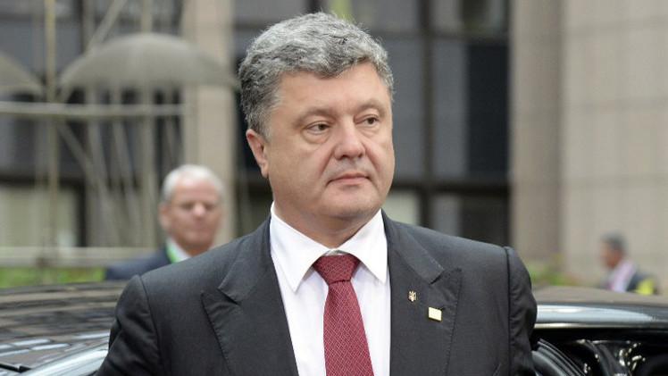 بوروشينكو يأمل ببدء مفاوضات حول التسوية خلال اجتماع مجموعة الاتصال الجمعة