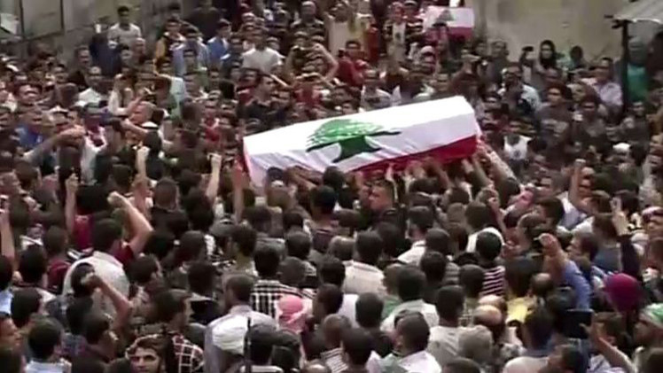 فيديو: عكار اللبنانية تشيع جثمان الجندي الذي أعدمه مسلحو تنظيم
