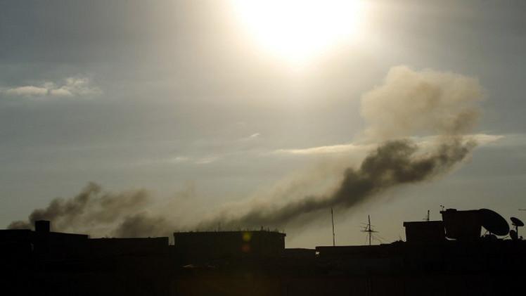 طائرات هليكوبتر تقصف مخازن ذخيرة للإسلاميين في بنغازي بليبيا