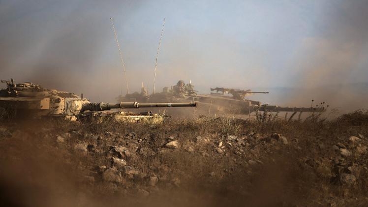 إسرائيل تستهدف موقعا عسكريا سوريا إثر سقوط صاروخ في الجولان المحتل