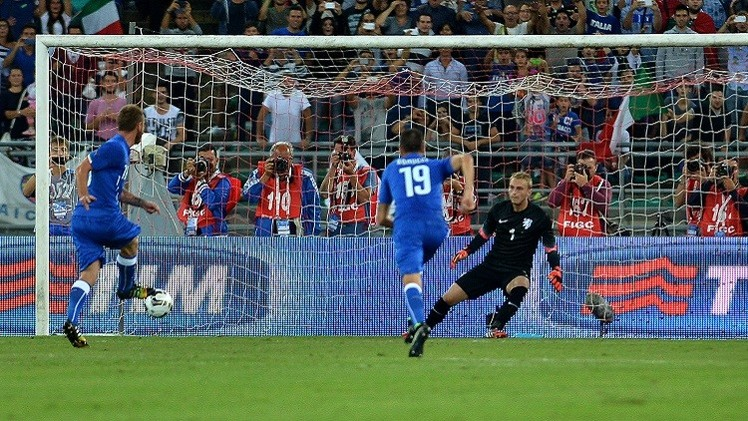 بالفيديو.. إيطاليا تهزم هولندا بهدفين وديا