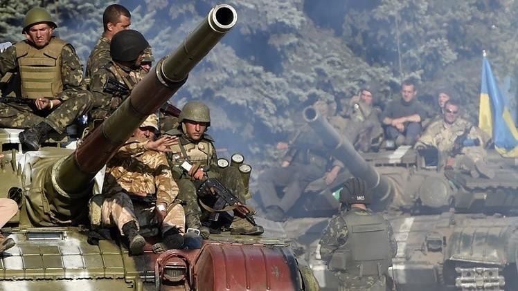 كييف: مقتل 864 جنديا أوكرانيا منذ بدء النزاع جنوب شرق البلاد