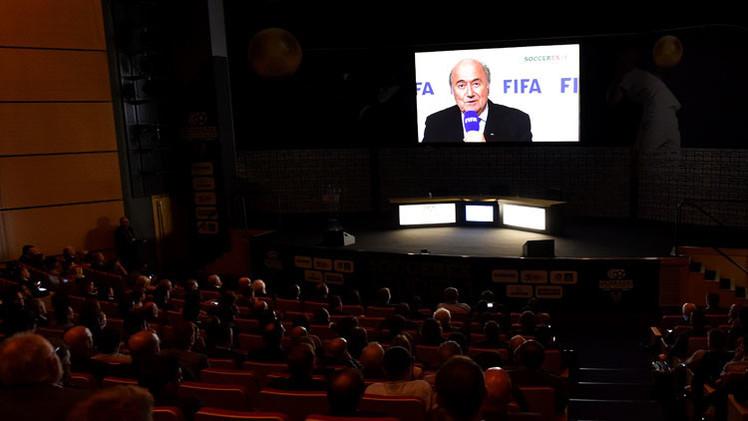 رسميا .. بلاتر يعلن ترشيحه لرئاسة الفيفا لولاية خامسة