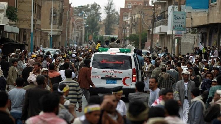 تجدد الاشتباكات في صنعاء بين الحوثيين والجيش وإقالة مدير شرطة العاصمة