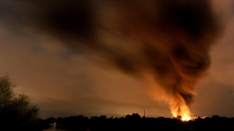 انفجار عنيف في مصنع للمواد الكيميائية شمالي ألمانيا (فيديو)