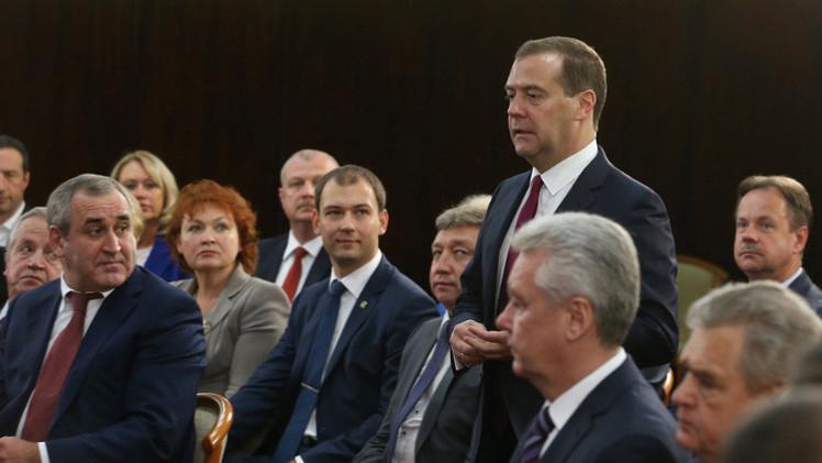 مدفيديف: سنفعل كل ما بوسعنا من أجل إحلال السلام في أوكرانيا