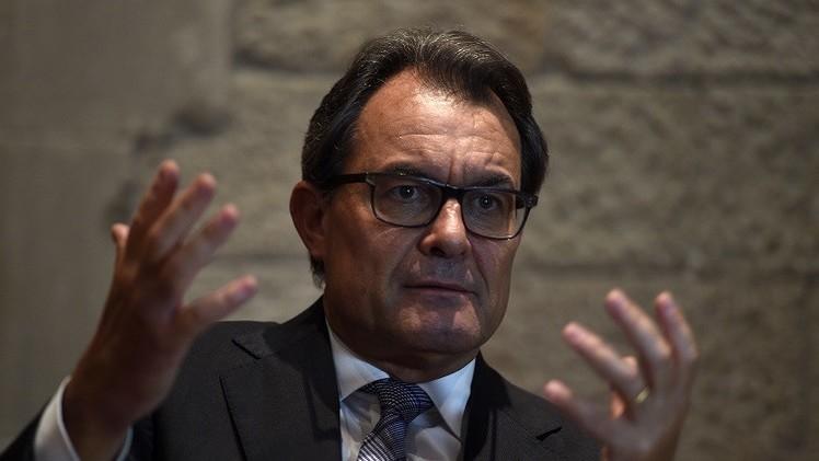 رئيس إقليم كتالونيا: لا سبيل لوقف تصويت الشعب حول مستقبله