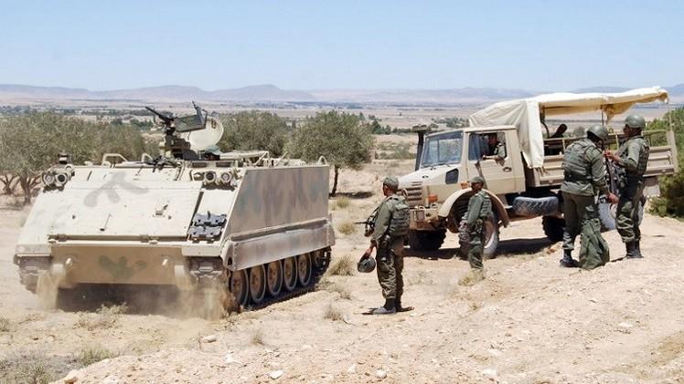 تونس تنشر قوات بمحافظات حدودية مع الجزائر
