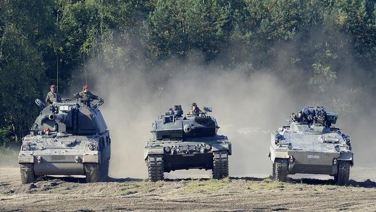 دبابات ألمانية تدخل أوكرانيا لأول مرة منذ انتهاء الحرب العالمية الثانية