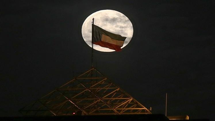 الكويت تنفق 100 مليار دولار على التنمية والبنية التحتية