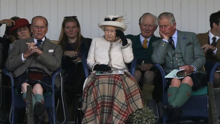 الملكة إليزابيث: آمل أن يفكر الاسكتلنديون مليا قبل تقرير مستقبلهم