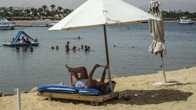 مصر تعول على زيادة أعداد السياح والإيرادات العام الجاري