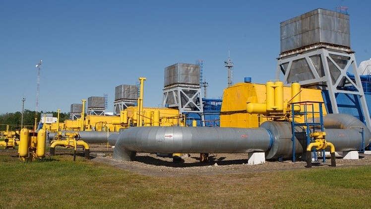 بوتين وباروزو يؤكدان أهمية استمرار توريدات الغاز الروسي إلى أوروبا