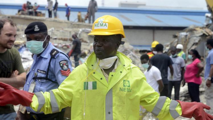 حصيلة قتلى انهيار كنيسة في نيجيريا تتجاوز الـ 80