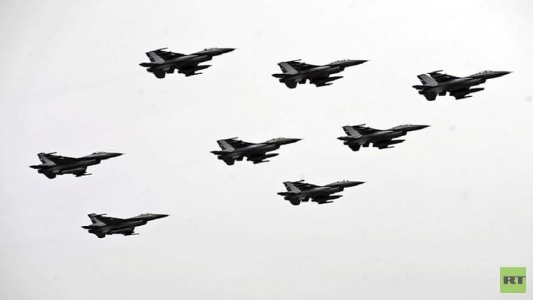 مقاتلات روسية تحلق قرب الأجواء الأمريكية والكندية