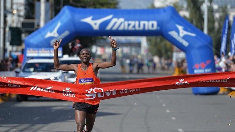 كيني يفوز في ماراثون موسكو الدولي