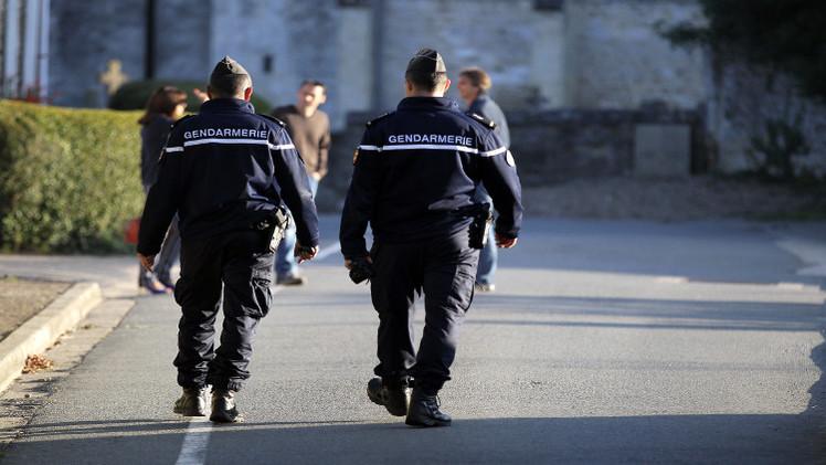 توقيف 5 أشخاص في فرنسا بتهمة تجنيد إرهابيين للقتال بسورية