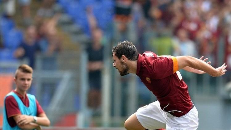 روما ينتزع صدارة الدوري الإيطالي