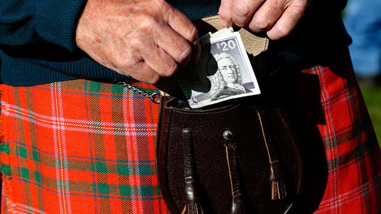 المستثمرون سحبوا 27 مليار دولار من المملكة المتحدة خلال شهر