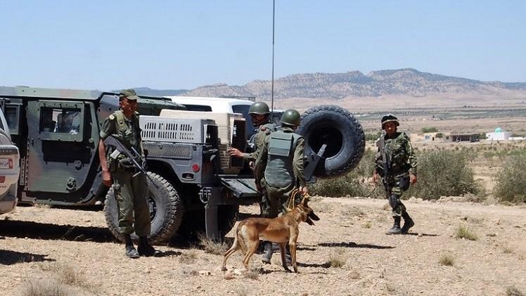 الأمن التونسي يقتل متسللا سوريا على الحدود مع ليبيا
