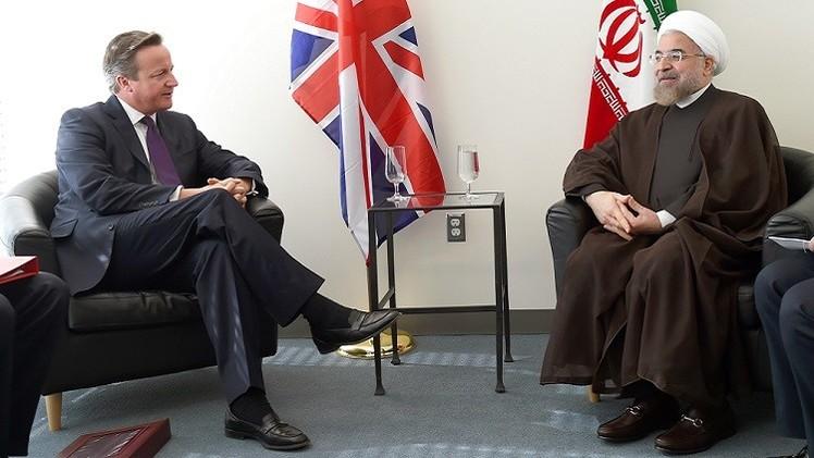 في قمة تاريخية مع روحاني.. كاميرون يدعو لدور إيراني في حل أزمتي سورية والعراق