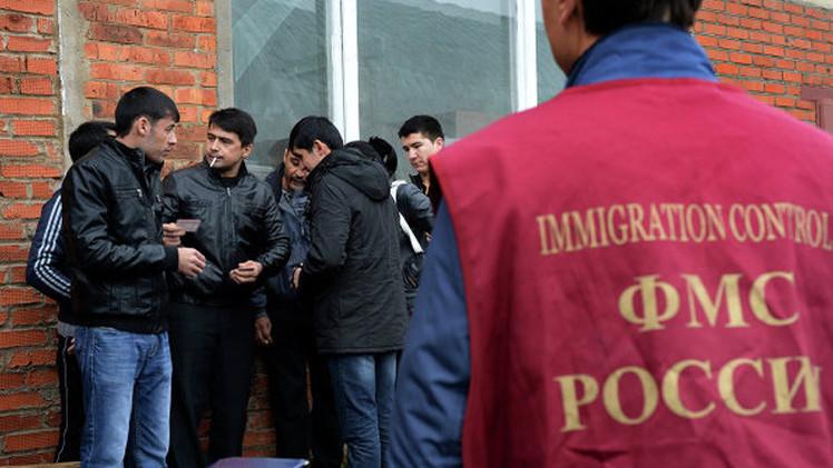 هيئة الهجرة الفيدرالية تحاول تمييز مهاجرين مخالفين أثناء عيد الأضحى