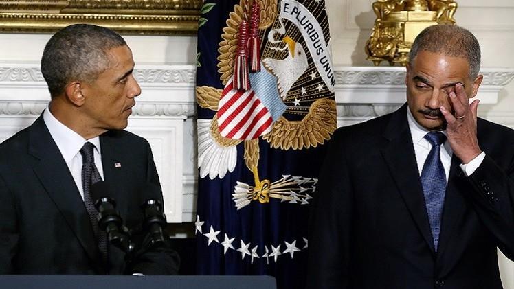 أحداث فيرغسون تدفع وزير العدل الأمريكي للاستقالة