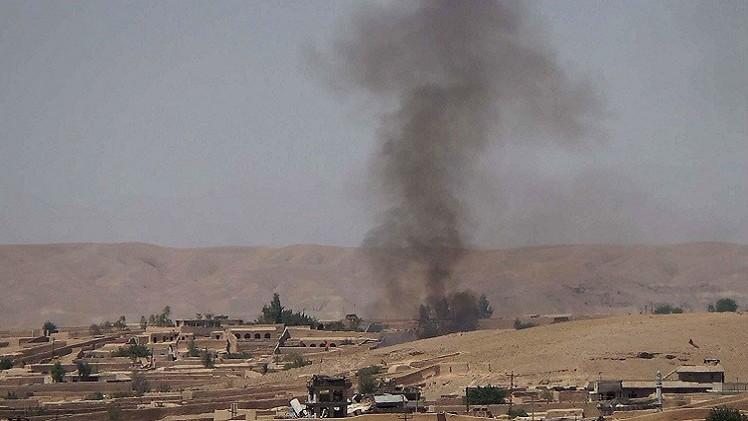 مقتل نحو 100 أفغاني بينهم 12 قطعت رؤوسهم على يد طالبان
