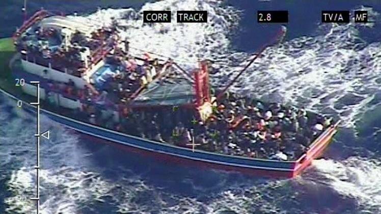 سفينة سياحية تنقذ 345 لاجئا أغلبهم سوريون قبالة سواحل قبرص