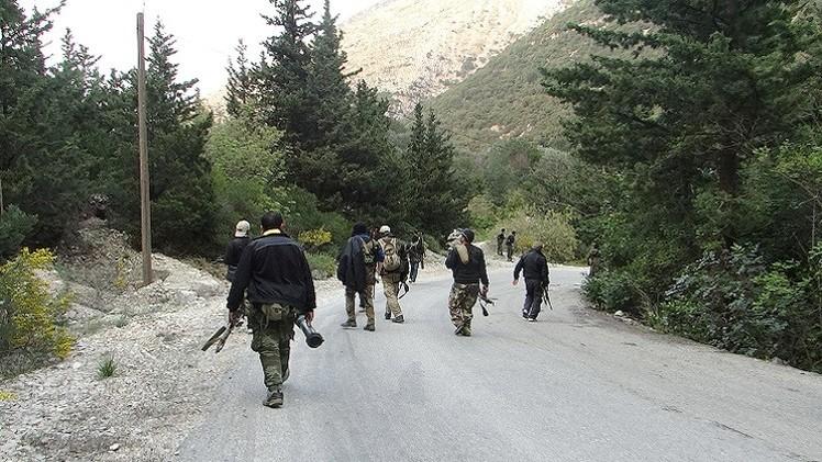 أكثر من 20 تنظيما سوريا مسلحا يوقعون اتفاقا لمواجهة