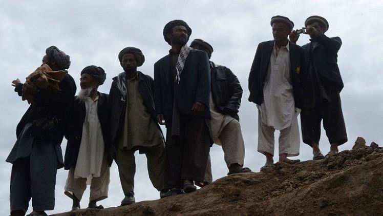 قرويون يعدمون 4 مسلحين من طالبان في أفغانستان