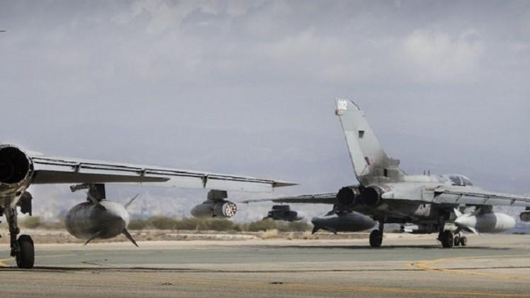 مقاتلتان بريطانيتان تحلقان فوق الأراضي العراقية استعدادا لتوجيه ضربات