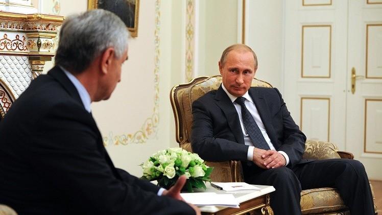 بوتين يهنئ رئيس أبخازيا بعيد استقلالها