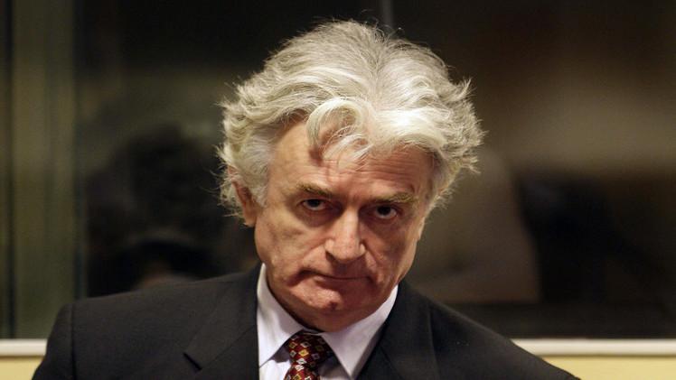 هيئة الدفاع عن زعيم صربيا السابق: كرادجيتش غير مذنب في مجزرة سريبرينيستا