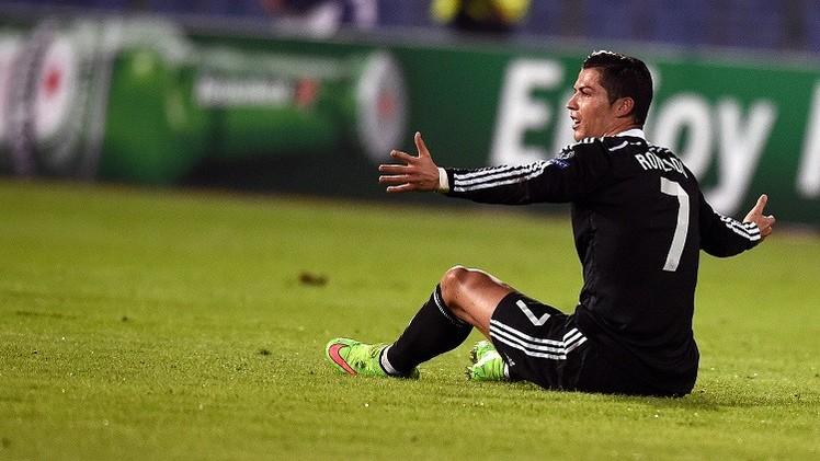 رونالدو يشتكي من التدخلات القوية للاعبي فريق لودغوريتس