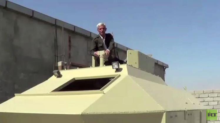 بالفيديو من العراق.. حداد كردي يصنع  مدرعات نقل الجنود لمحاربة