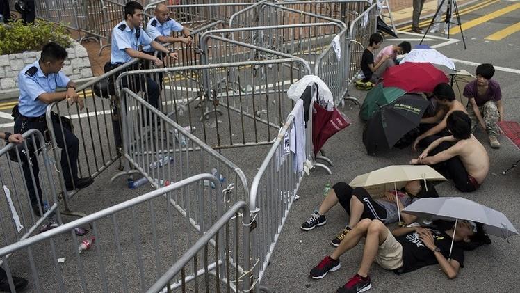 مباحثات مرتقبة بين حكومة هونغ كونغ وقادة المحتجين