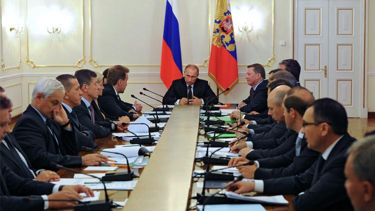 بوتين يوقع قانون المصادقة على اتفاقية تشكيل الاتحاد الاقتصادي الأوراسي