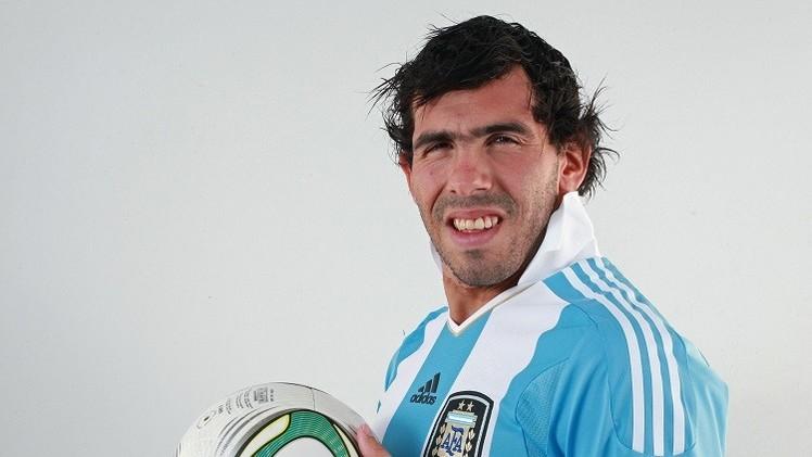 مدرب الأرجنتين يعد بضم تيفيز في حال مواصلته أداءه الجيد