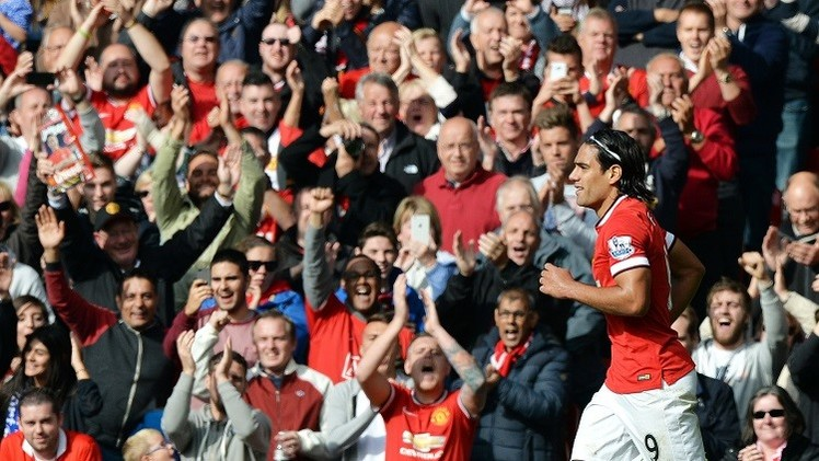جهد كبير للاعبي مانشستر يونايتد ينقذهم من جحيم إيفرتون