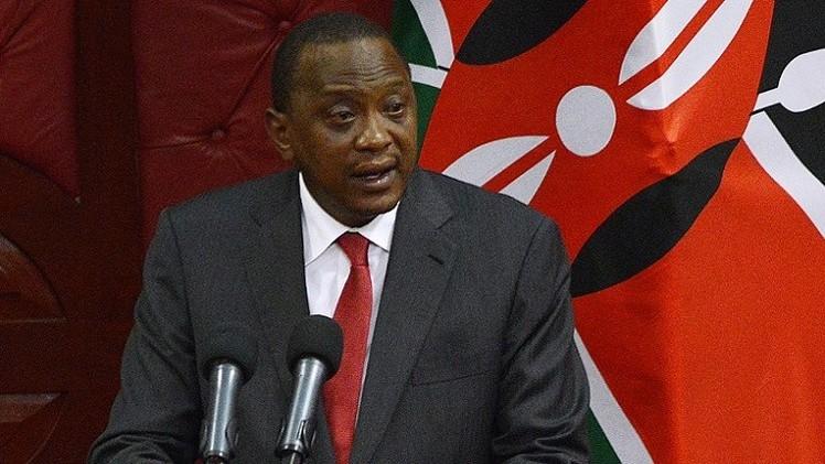 رئيس كينيا.. أول رئيس يمثل أمام المحكمة الجنائية الدولية