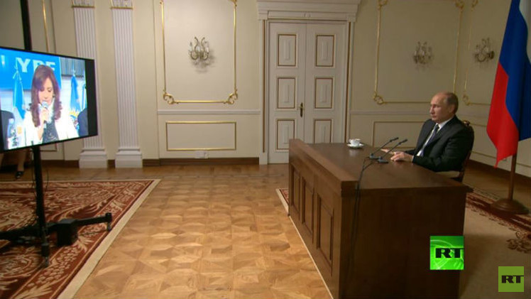 بوتين ودي كيرشنر يطلقان بث قناة RT في الأرجنتين