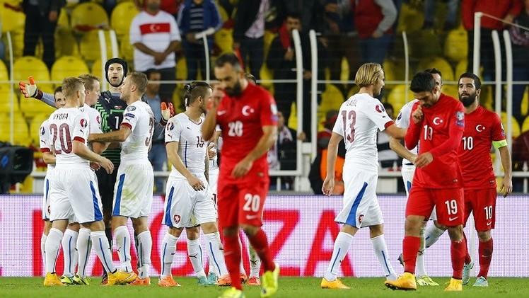 التشيك تهزم تركيا في عقر دارها ضمن تصفيات القارة العجوز