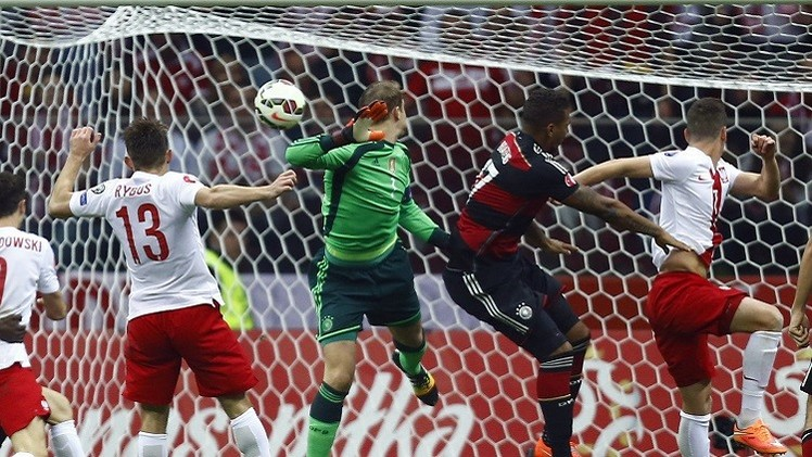 بولندا تهزم ألمانيا بطلة العالم في تصفيات