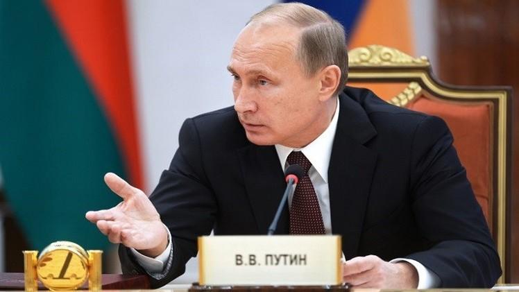 أوباما وميركل مصممان على مشاركة بوتين في قمة مجموعة العشرين