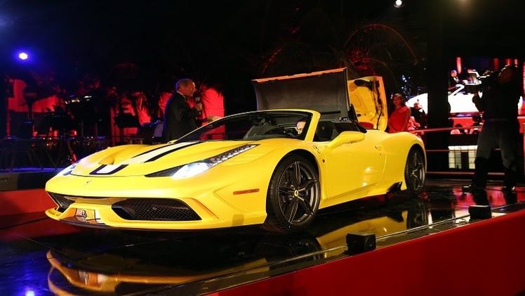 فيراري تبيع سيارتها الجديدة قبل نشر صورها الفوتوغرافية