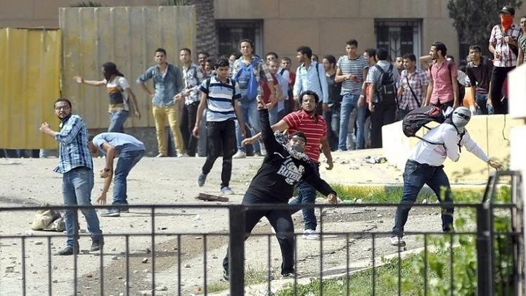 الأمن يفرق تظاهرات طلابية في عدة جامعات مصرية