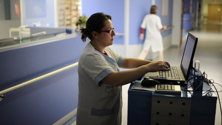 غوغل تختبر خدمة جديدة لإجراء اتصالات مباشرة بالفيديو بين المرضى والأطباء