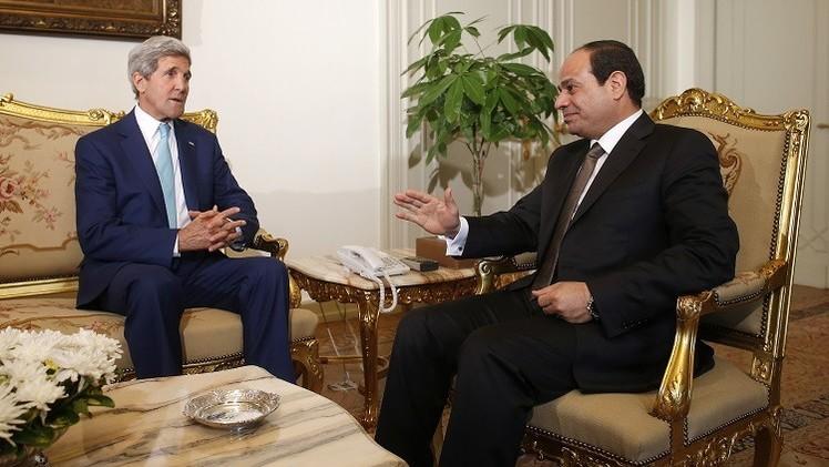 كيري يشدد أمام السيسي على أهمية حرية التعبير في مصر