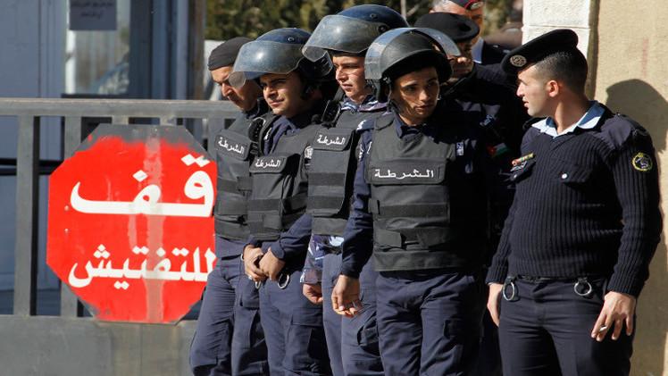 الأردن يحاكم 8 أشخاص بتهمة الانتساب لحزب الله